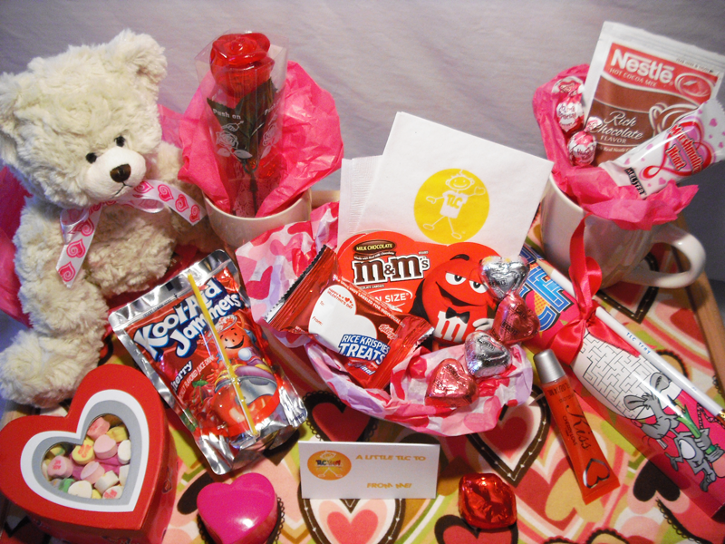 Best Valentine S Day Gifts Ideas For Her 2019 On A Budget